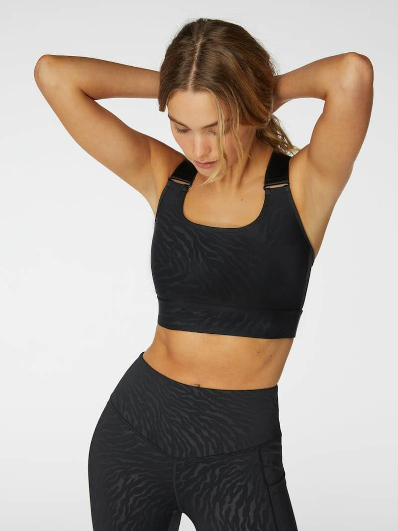 L'urv Step Up Crop Top Black
