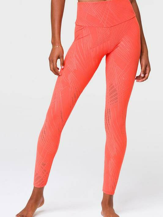 Onzie_Seelenite_Midi_legging_Carrot_1